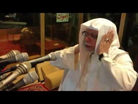 Fajar Adhan from Mecca 2013 / اذان جميل للشيخ علي ملا