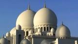 The Shaikh Zayed Grand Mosque in Abu Dhabi